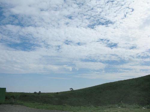 IMG_1713.jpg 大室山の火口の稜線.jpg