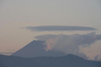 IMG_3580.jpg 11.7-夕方の富士山-333.jpg