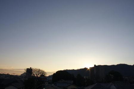 IMG_4962.jpg 12.15-7.18-日の出.jpg