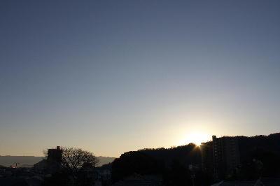 IMG_5115.jpg 1.1-7.27-屋上から初日の出.jpg
