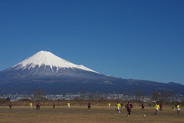 IMG_5534.jpg 河川敷でサッカー-3333.jpg