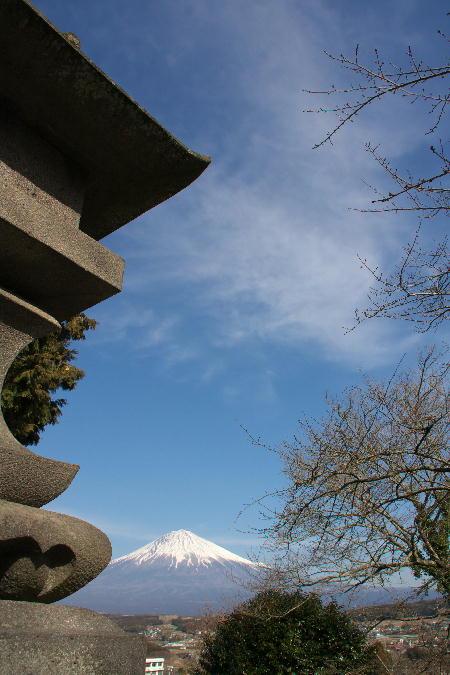 IMG_5803.jpg 興徳寺境内よりの富士山-3333.jpg