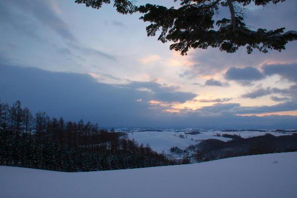 IMG_1270.jpg 雪原の夜明け-270-3333.jpg