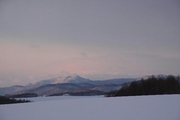 IMG_1285.jpg 雪原の夜明け-285-3333.jpg