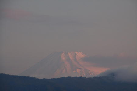 IMG_0557.jpg 3.30-5.43-今朝の富士山.-3333jpg.jpg