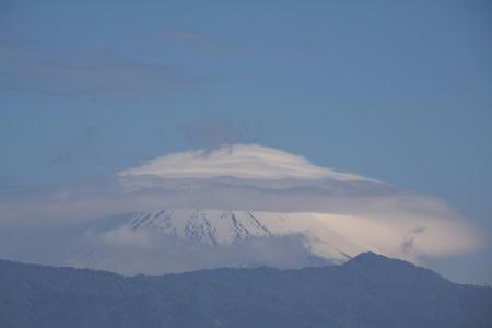 IMG_2591.jpg 5.22-8.15-今朝の富士山-3333.jpg