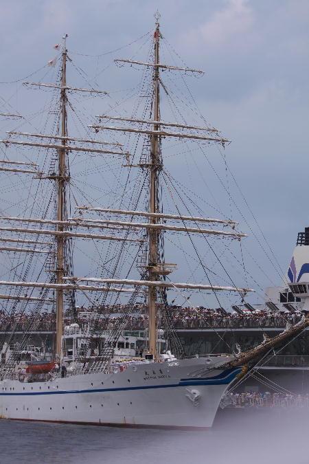 IMG_4252.jpg 帆船日本丸-252-3333.jpg