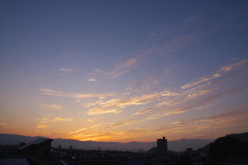 IMG_6236.jpg 8.17-5.13-日の出.jpg