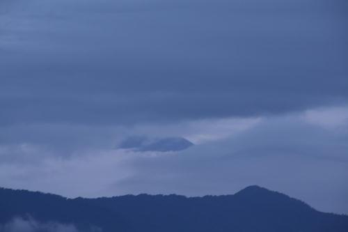 IMG_6382.jpg 9.3-5.18-今朝の富士山.jpg