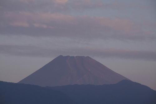 IMG_6887.jpg 9.23-5.43-今朝の富士山.jpg