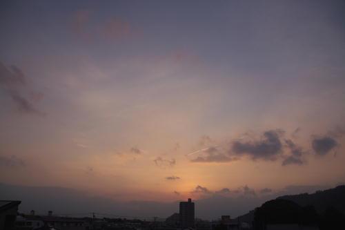 IMG_6983.jpg 9.28-5.57-日の出.jpg