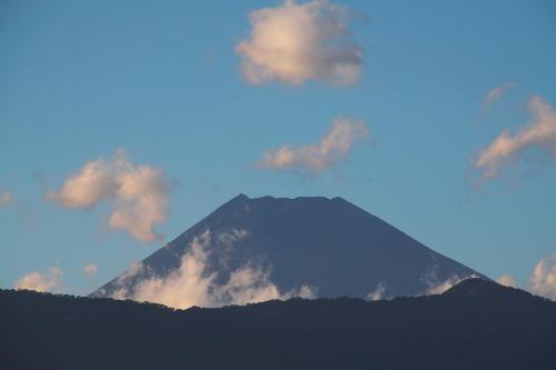IMG_7253.jpg 10.8-16.50-台風一過の富士山.jpg