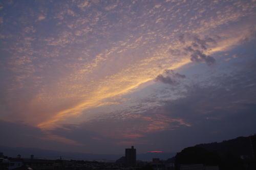 IMG_7523.jpg 10.14-5.55-日の出.jpg