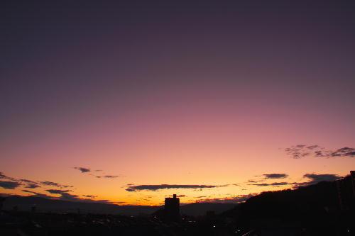 IMG_8103.jpg 10.27-5.45-夜明け前の東の空.jpg