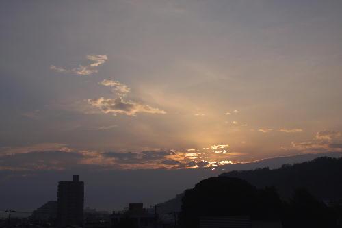 IMG_8197.jpg 10.29-6.30-日の出.jpg