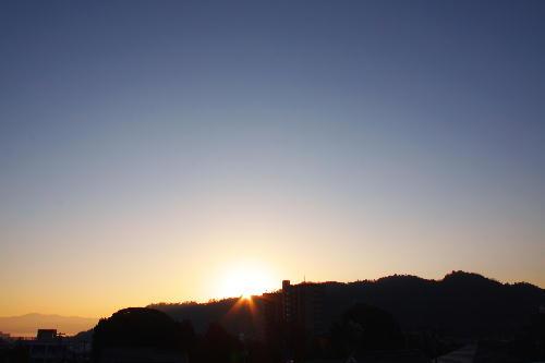 IMG_8901.jpg 12.2-7.10-日の出.jpg