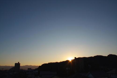 IMG_9497.jpg 12.18-7.21-日の出.jpg