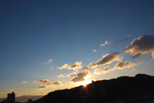 IMG_9562.jpg 12.20-7.22-日の出.jpg
