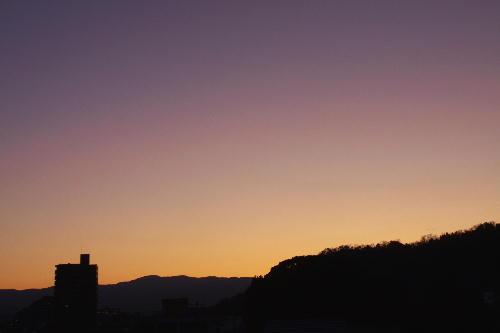 IMG_9563.jpg 12.21-6.31-日の出前.jpg