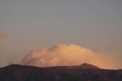 _MG_9986.jpg 1.14-6.59-雲を被った富士山.jpg