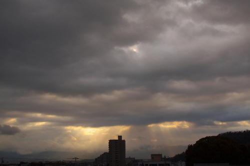 _MG_0053.jpg 3.26-6.56-日の出の光芒.jpg