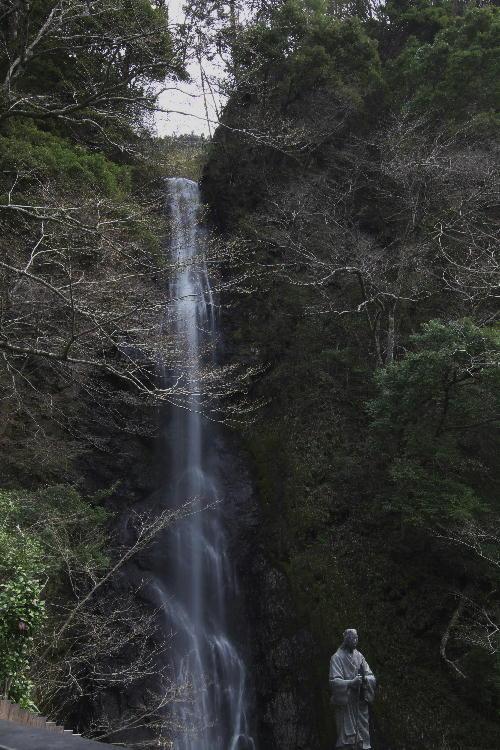 お万様の滝-3.jpg