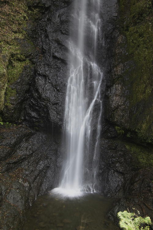 お万様の滝-2.jpg