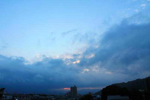 IMG_0103-9.23-5.42-日の出.jpg