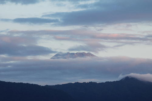 IMG_0202 9.26-5.41-今朝の富士山.jpg