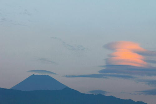 IMG_0588  10.13-今朝の富士山-1.-12jpg.jpg