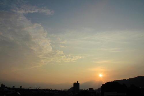 IMG_0626 10.14-6.27-日の出-1.jpg