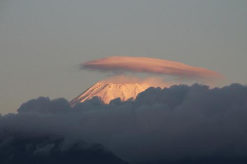 IMG_2402.jpg 12.9-6.50-今朝の富士山1-1.jpg