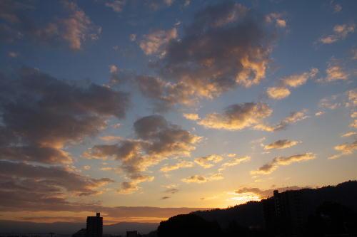 IMG_2422.jpg 12.11-6.56-今朝の富士山.jpg