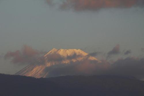 IMG_2450.jpg 12.15-7.04-今朝の富士山.jpg