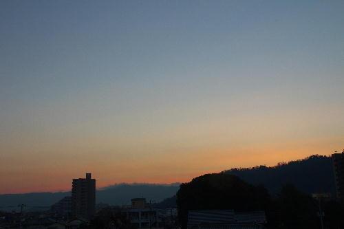IMG_3002.jpg 1.12-7.00-日の出.jpg