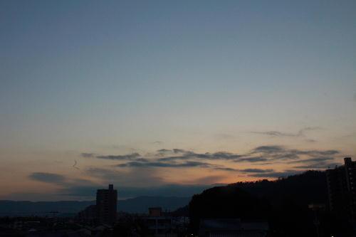 IMG_3593.jpg 1.28-6.45-日の出前.jpg