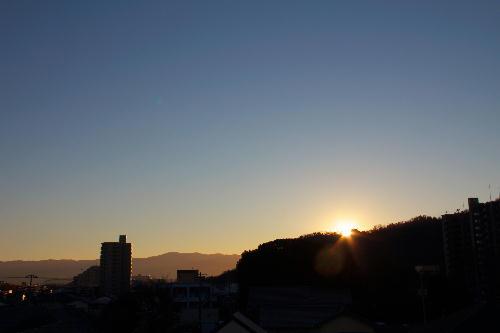 IMG_3754.jpg 1.31-7.13-日の出.jpg