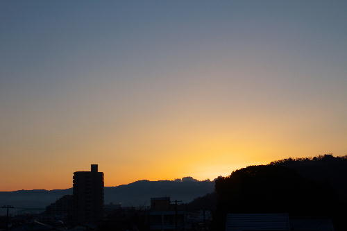IMG_3923.jpg 2.13-6.40-日の出.jpg