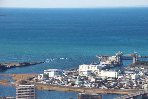 香貫山から狩野川河口-2.jpg