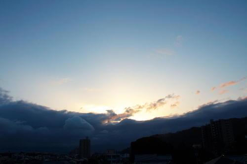 IMG_4297.jpg 2.25-6.42-東の空.jpg