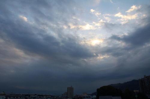 IMG_4391.jpg 3.3-6.49-東の空.jpg