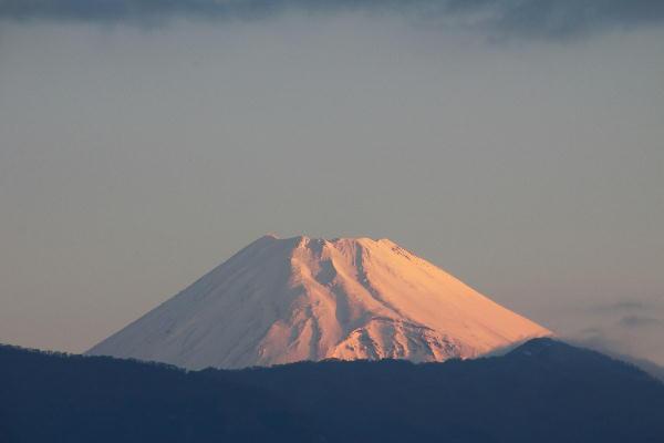 IMG_4993.jpg 3.28-5.48-今朝の富士山.jpg