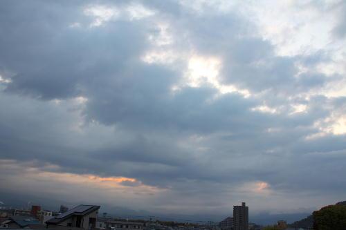 IMG_6007.jpg 4.21-5.24-今朝の空1.jpg