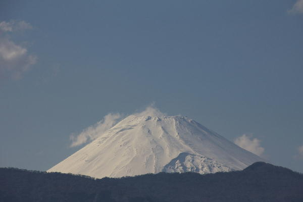 IMG_6183.jpg 4.25-15.35-今日の富士山.jpg