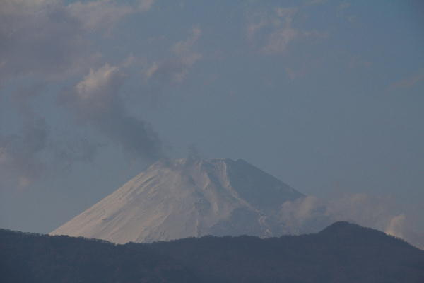 IMG_6246.jpg 4.28-16.28-今日の富士山.jpg