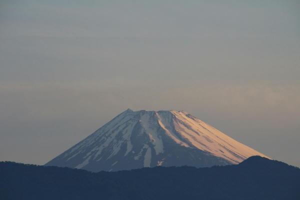 IMG_6956.jpg 5.25-4.55-今朝の富士山.jpg