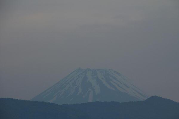IMG_6994.jpg 5.26-4.56-今朝の富士山.jpg