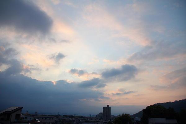 IMG_8925.jpg 8.10-5.27-日の出1.jpg