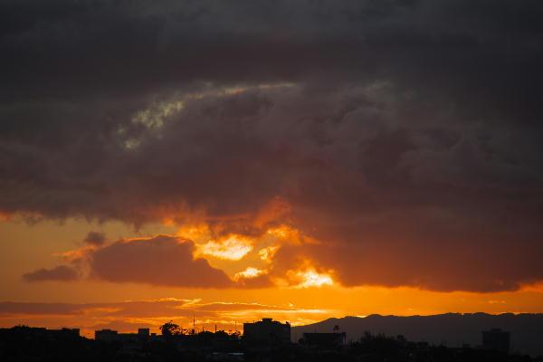 沈む夕陽.jpg