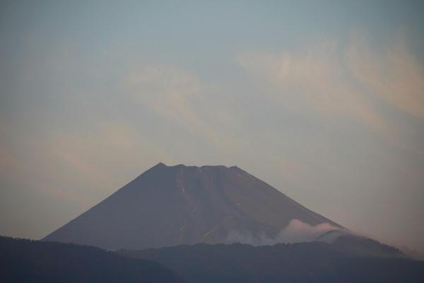 IMG_9352.jpg 9.11-5.36-今朝の富士山.jpg
